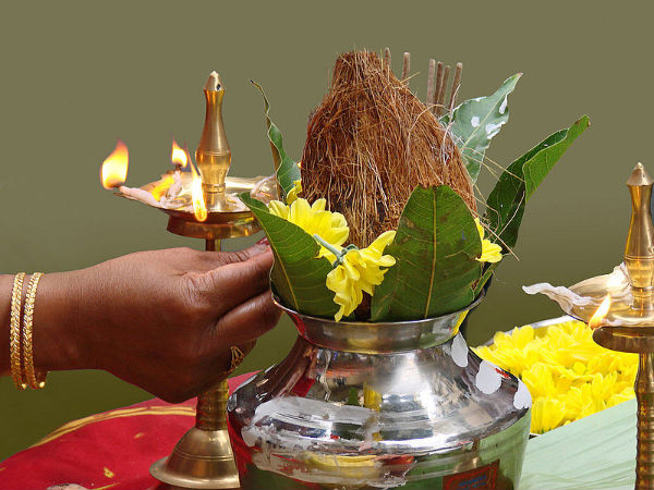Important Puja Items Needed For Varamahalakshmi