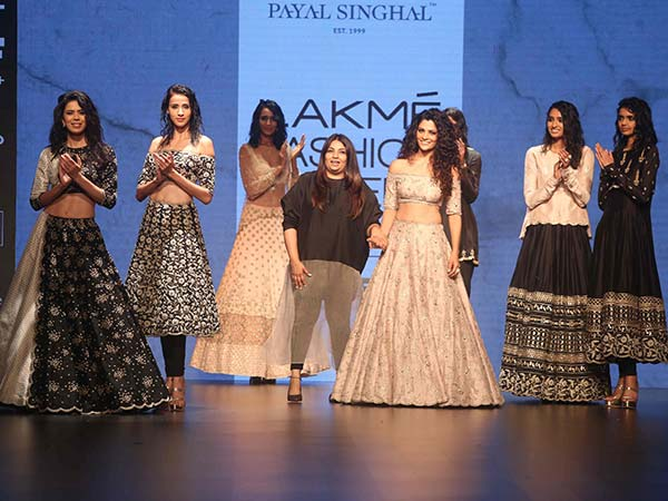 Saiyami Kher Walks The Ramp For Payal Singhal @ Lakme Fashion Week W/F 2016