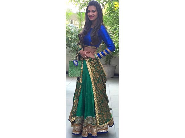 9 Outfits For The 9 Days Of Navratri