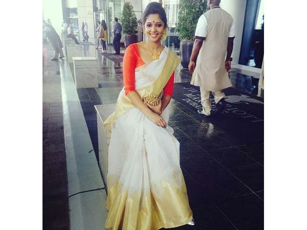 10 Ways To Style Kasavu Sarees This Onam