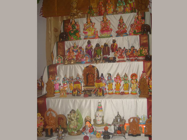 different ways dasara doll festival is celebrated