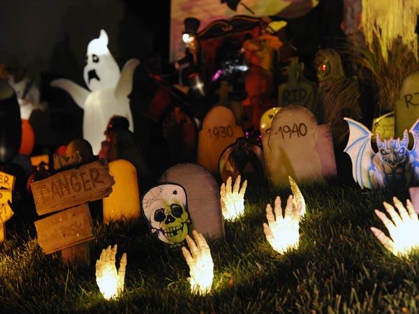 Why Is Halloween Celebrated? - Boldsky.com