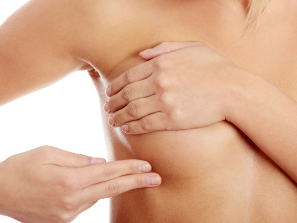 Symptoms Of Breast Cancer You Should Not Ignore!