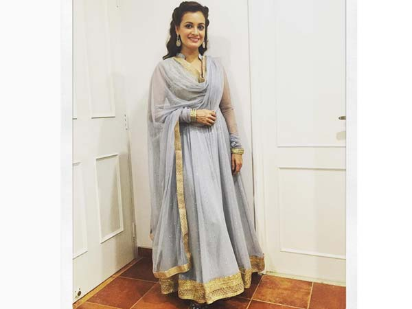 How To Wear Salwar Suit For Navratri