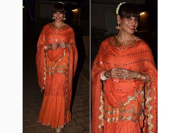 Bipasha Basu's Latest Diwali Look Is Double Dose Of Awesomeness