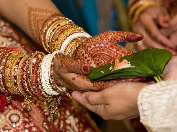 What Do Seven Pheras In A Wedding Mean