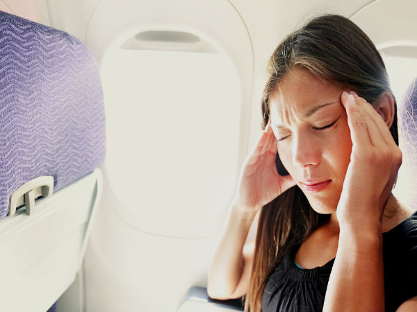 Home Remedies To Avoid Vomiting & Headaches While Travelling
