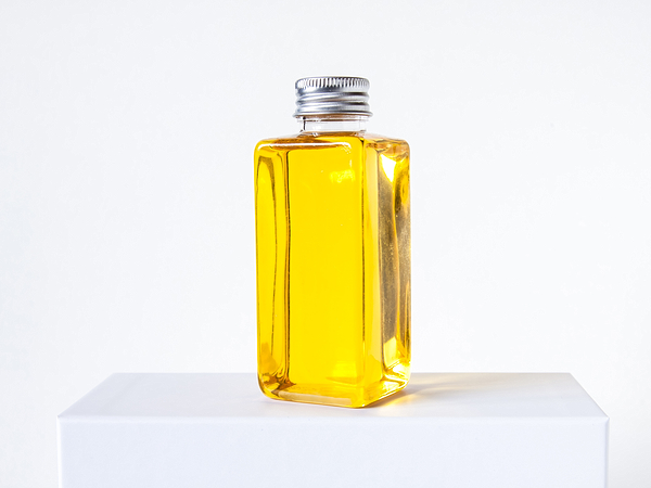 herbal oil to treat hair fall