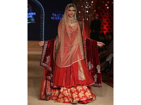 Types Of Bridal Lehengas In 2016
