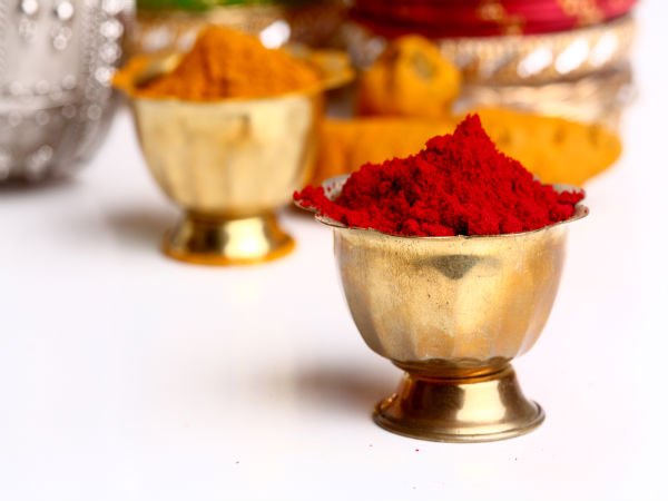 Significance Of Kumkum & Turmeric In Hinduism - Boldsky com