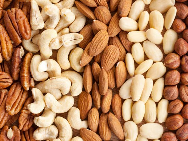 number of nuts that you should eat everyday