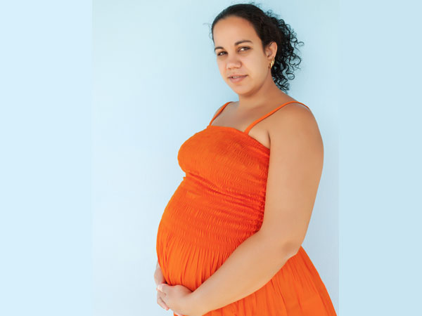 can women with late pregnancies live longer
