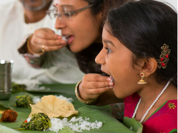 Why People Eat With Their Hands In South India Boldskycom