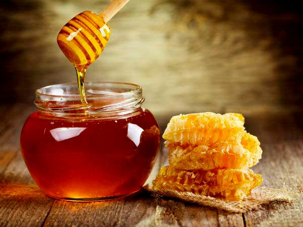 Suffering From Ugly Cough &Cold? Get Into This 'Honey Trap' To Become Fit Quickly