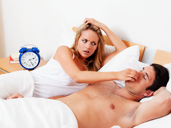 Use These Natural Remedies And Ward Off Snoring