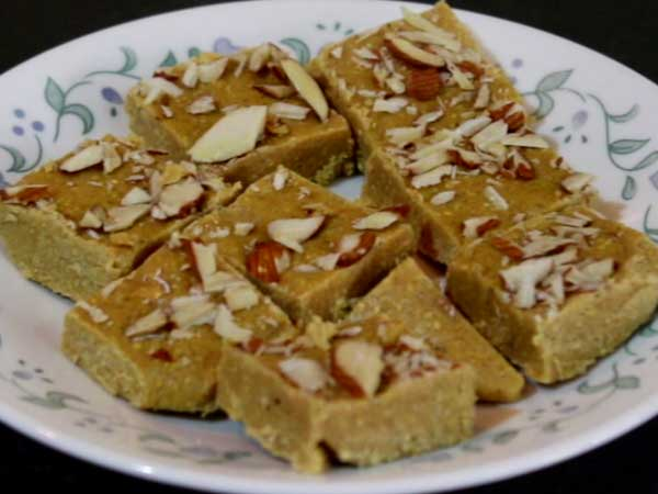 Sattu Ki Barfi or Protein Bar Recipe