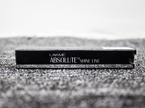 Product Of The Day: Lakme Absolute Shine Line Liquid Eyeliner Review