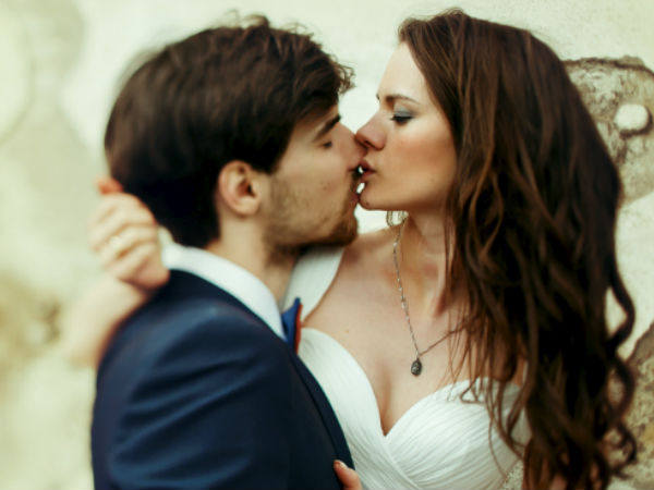 How Does Each Zodiac Sign Kiss?