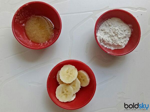Diy Banana And Rice Flour Hair Mask For Damaged Hair Boldsky Com
