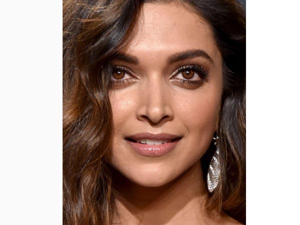 Deepika Priyanka Amp Freida Dazzle At Vanity Fair Oscar