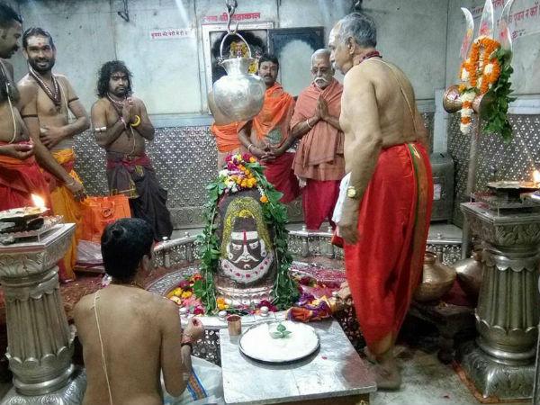 Pooja Samagri List Required For Performing Pooja On Maha