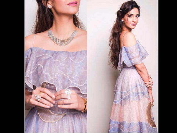 Sonam Kapoor For Kalyan Jewellers Looks Surreal