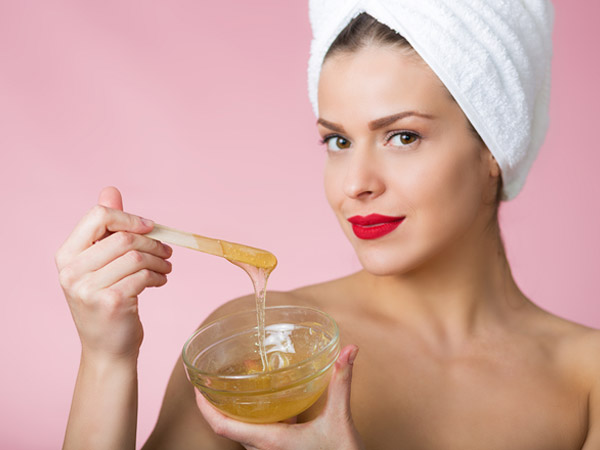 Different Ways How Honey Can Make You More Beautiful