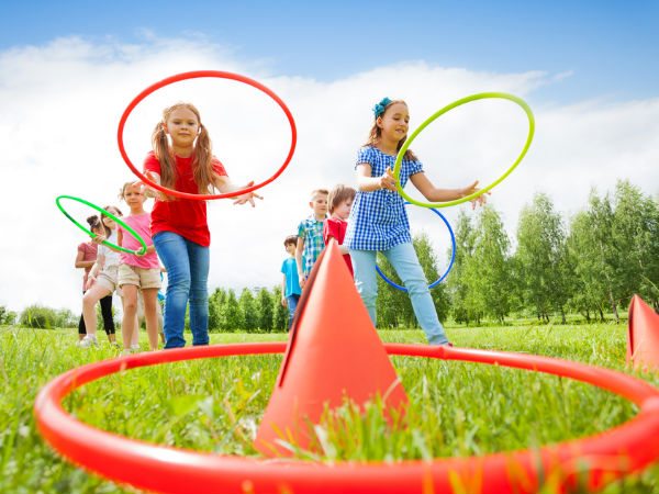 7 Best Outdoor Games For Kids Boldsky Com