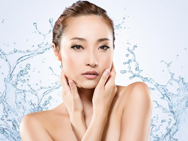 Skin Care Rules Women With Sensitive Skin Should Know About