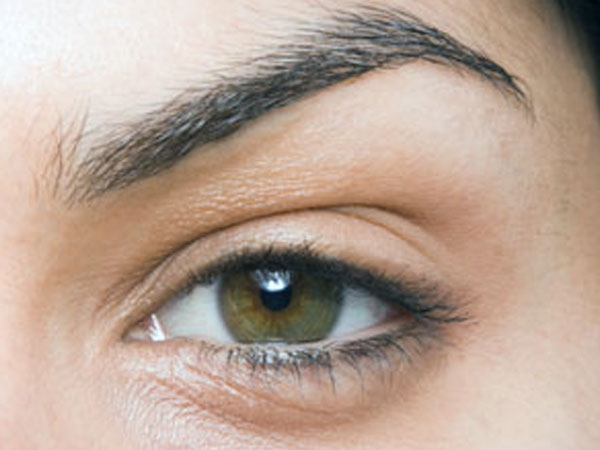 Advantages & Disadvantages Of Threading & Waxing - Boldsky com