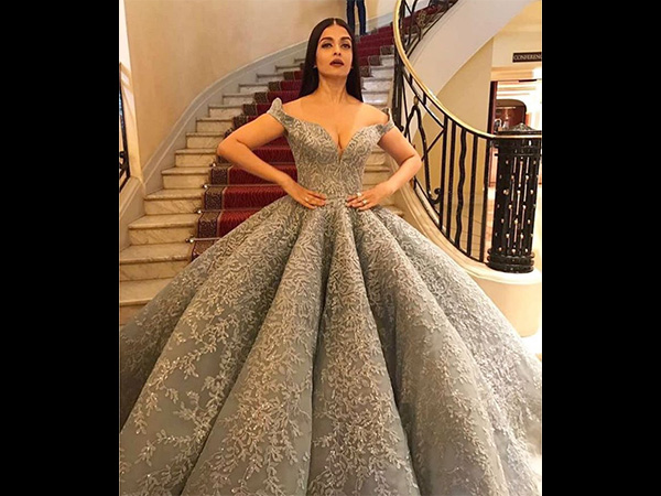 aishwarya rai bachchan's red carpet look at cannes