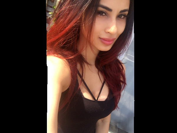 Mouni Speaks A Lot Through Her Style In Chicago