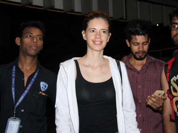 kalki koechlin spotted at airport