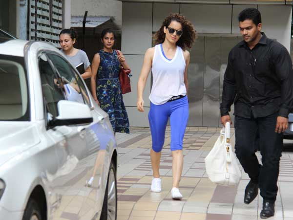 Perfection In Her Grip; Kangana Ranaut Slays In Her Workout Look