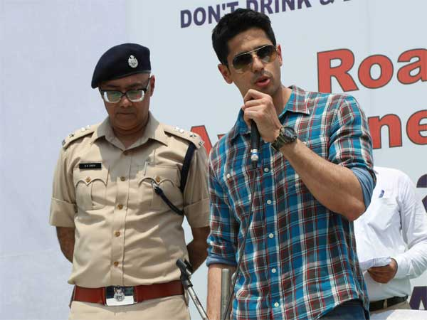 Multitasking In Casuals; Sidharth Malhotra Spotted In New Delhi