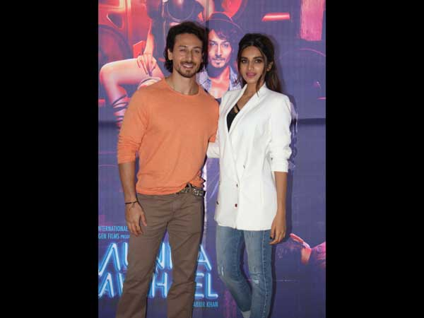 DUAL STYLE , Tiger Shroff And Nidhhi Agerwal's Double Promotional Styles