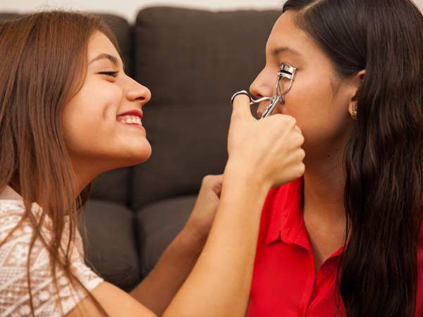 Basics About Eyelash Curler That You Must Note