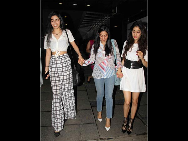 GENE-POWER! Khushi Kapoor's Latest Picture In Ethnic Will Awe You