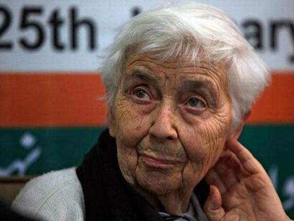 Heard About The Mother Teresa Of Pakistan? - Boldsky.com