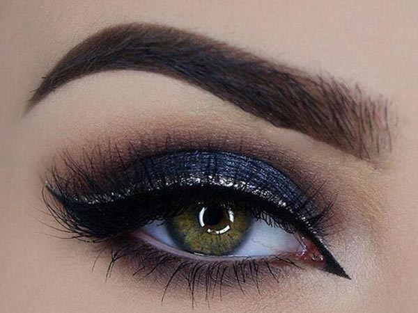 There Are Gel Liners Liquid Powder Eyeliners Pencils And Kohl Though Each Serves The Same Purpose Of Lining Your Eyes