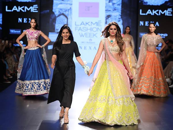 LFW 2017: Nargis Fakhri Made Her Ramp Look Perfect