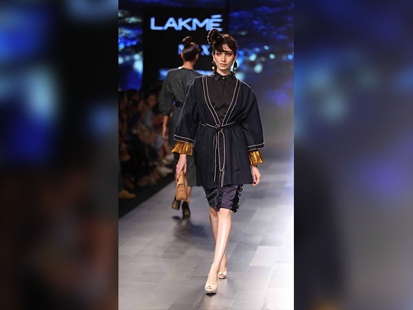 Lakme Fashion Week Began With Sonal Chauhan's Slayer Walk