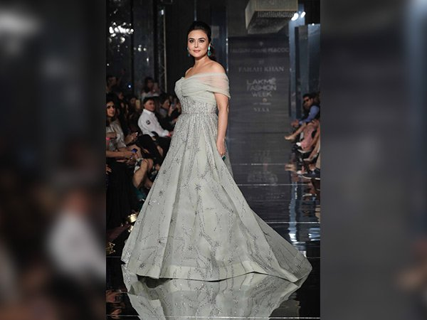 Preity zinta walking the ramp at lake fashion week