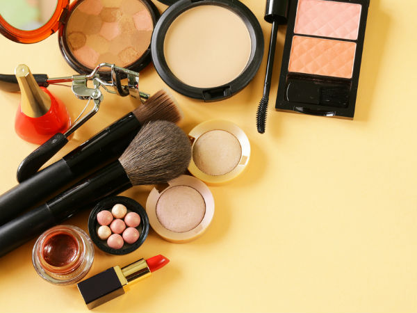 Makeup Products That Should Be Avoided During Monsoon