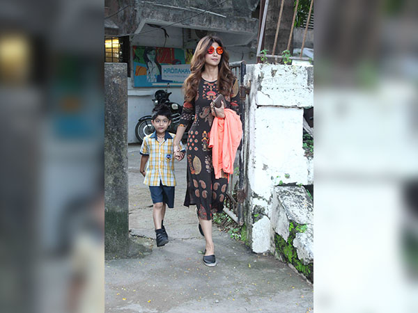 shilpa shetty spotted in bandra