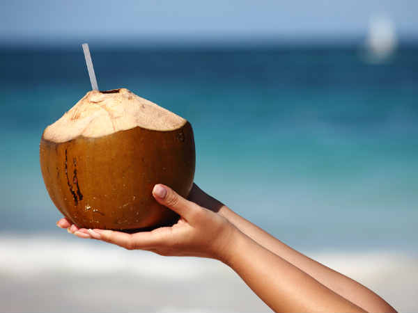 benefits of using coconut water for skin