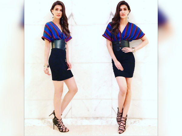 Kriti Sanon Unfurled Her Slaying Skills For An Event In Agra