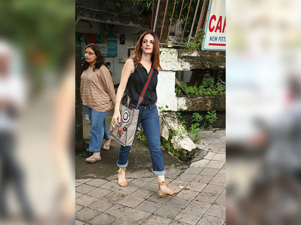 Sussanne Khan's OOTD Was Not Just Sassy But Trendy Too