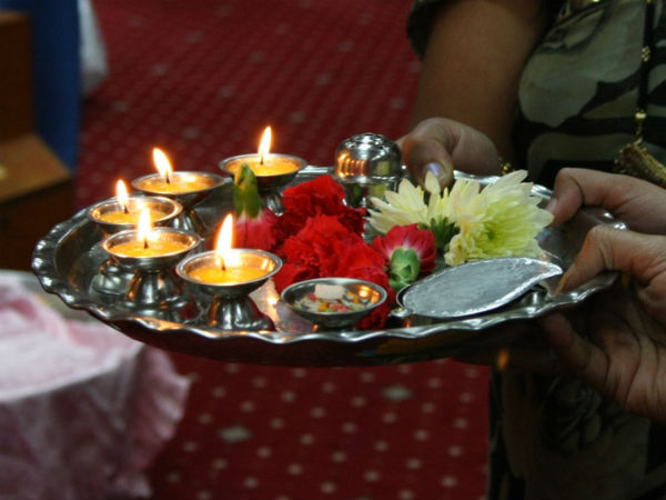 How to perform diwali puja