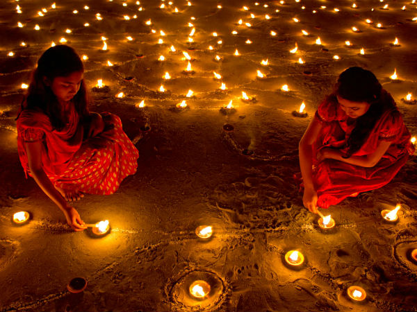 Ever Wondered Why Diwali Is Celebrated 20 Days After Dussehra?